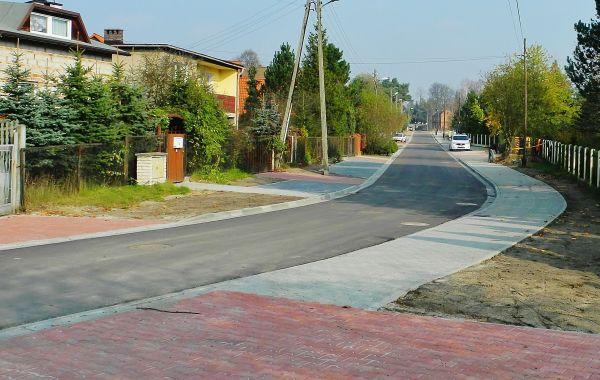 Realizacja nowej ulicy Śmiłowickiej (Panewniki). Zdjęcie: Andrzej Najdrowski.